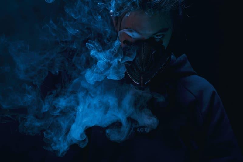 ツィジュン・ウォンが HBX のためだけに製作したリメイクマスクを公開 今回リメイク対象となったモデルはあの即完となった〈Nike〉のコラボフットウェア ナイキ Air Max 97 UNDEFEATED