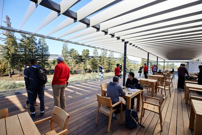 一般人も立ち入り可能なApple Parkのビジターセンターが遂にオープン アップル