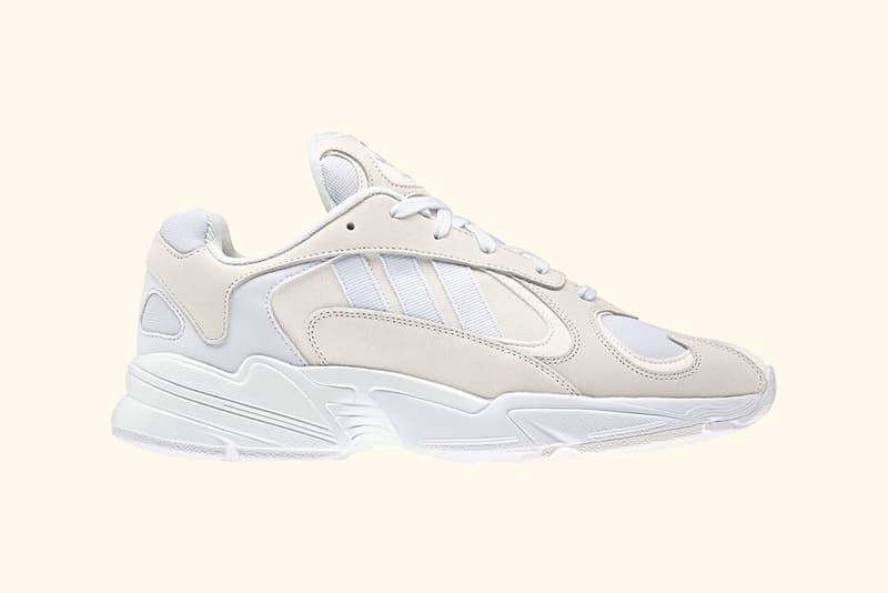Yeezy Mafia より Desert Rat 500 と Wave Runner 700を融合させた最新モデルのビジュアルがリーク 1stデリバリーは、シックなクリームカラーと遊び心のあるマルチカラーの2色展開が濃厚か? アディダス Kanye West カニエ・ウェスト スリーストライプス Balenciaga バレンシアガ Triple-S Nike ナイキ Air VaporMax Air Max 97 HYPEBEAST ハイプビースト