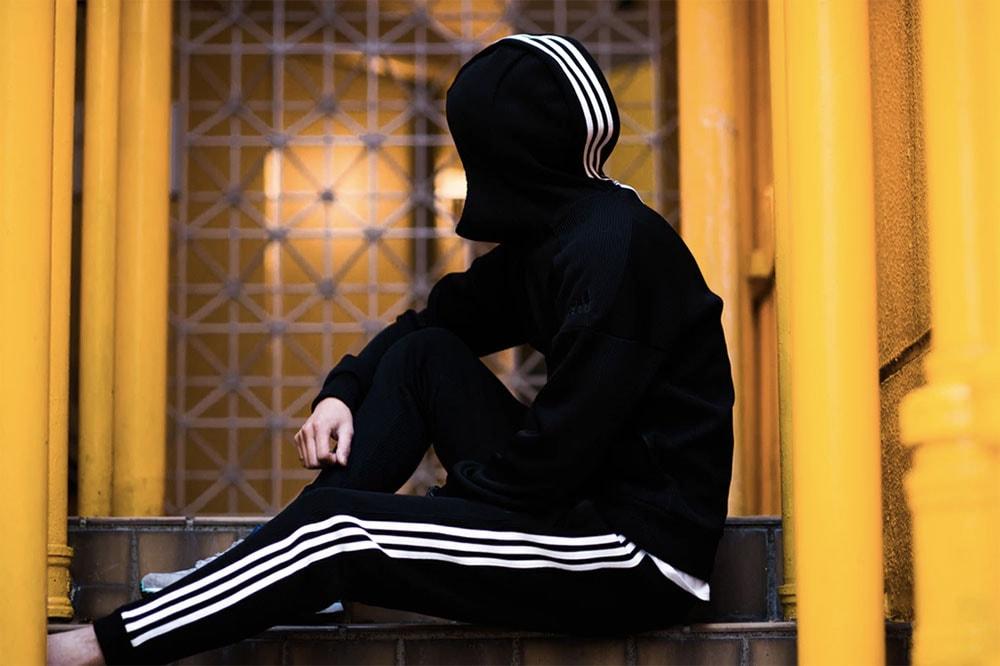 見逃したくない今週のリリースアイテム 7 選 『atmos』x〈adidas〉によるセットアップジャージーを筆頭に、Nike VaporMaxシリーズの新作モデルやカフェラテスタンド『INN』による限定コラボグッズも登場 atmos adidas アトモス アディダス fragment design CAREERING フラグメントデザイン キャリアリング Patta Diadora パタ ディアドラ PRiVATE LESSONS monkey time プライベートレッスンズ モンキータイム Nike Air VaporMax ナイキ The Wolf In Sheep's Clothing ザ ウルフ イン シープス クロージング INN Face イン フェイス HYPEBEAST ハイプビースト
