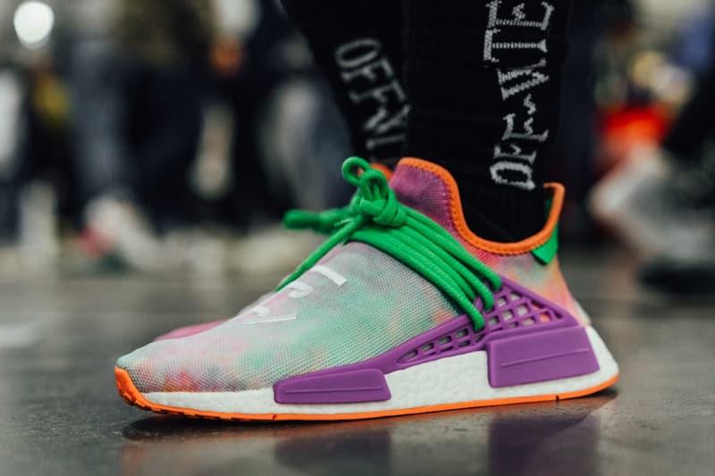 "#OnFeet at NYC Sneaker Con 2017 〈ZARA〉による盗作疑惑で話題となった""あのモデル""も登場した""地球上最大のスニーカーショー""に潜入 Alexander Wang アレキサンダー・ワン adidas Originals アディダス オリジナルス Bball Lo Kanye West カニエ・ウェスト YEEZY BOOST Runner Nike Air Max Plus Aleali May アレイリ・メイ Air Jordan 1 HYPEBEAST HYPEBAE ハイプビースト"