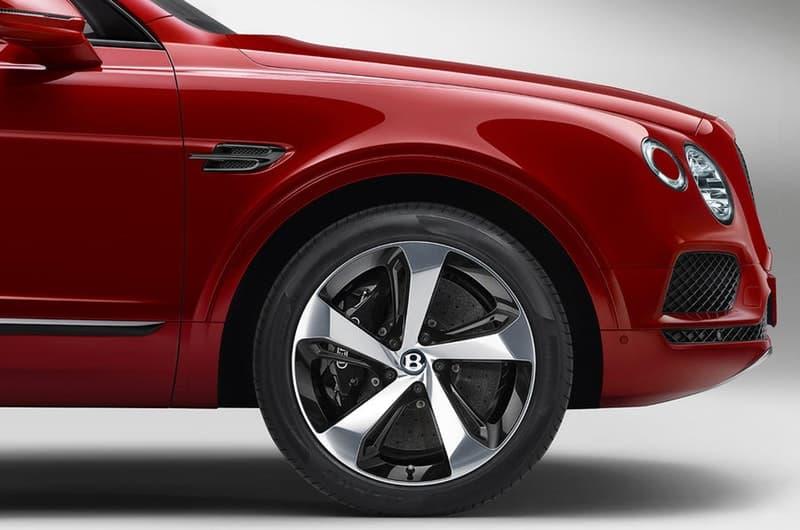 ベントレーよりアクティブな男も惚れる才色兼備な新型 Bentayga が初披露 見た目によらずCO2排気量も抑えたエコなところも人気の理由 Mercedes-Benz メルセデス・ベンツ Maserati マセラティ Bentley ベントレー SUV Bentayga V8 HYPEBEAST ハイプビースト