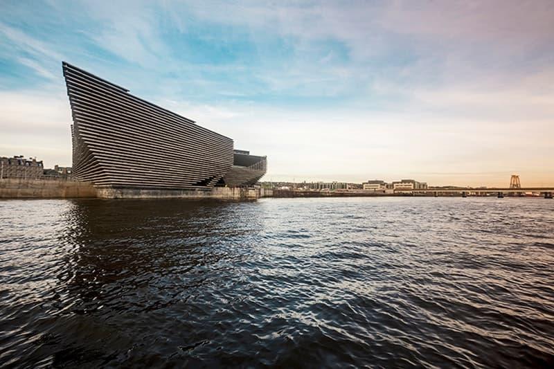 巨匠建築家・隈研吾が設計したスコットランド初のデザイン美術館 V&A Dundee の建築をチェック kengo kuma スコットランド 美術館 ダンディ ダンディー 建築 デザイン V&A ヴィクトリア アルバート VA hypebeast