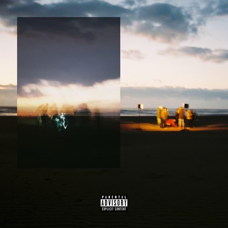 """KANDYTOWN がクルー名義で5ヶ月ぶりの新曲 """"1TIME 4EVER"""" をリリース MV公開から1年の時を経て待望のデジタル配信がスタート 日本ヒップホップ界でその存在感を確立したKANDYTOWN。最近はKEIJU as YOUNG JUJUのソロメジャーデビューを筆頭に、各自がソロ活動で快進撃を続けてきたが、去る2月14日(水)、クルー名義での5ヶ月ぶりの新曲""""1TIME 4EVER""""の配信がスタートした。2018年第1弾となる同楽曲は、昨年2月に突如YouTubeにミュージックビデオが公開されたものの、リリースに関する続報がなく、その動向が気になっていた方も多いはず。Neetzが手がける哀愁を帯びたトラックの上で総勢10名のMCがマイクリレーを繰り広げる3分40秒の映像は見応えがありながらも、どこかメッセージ性を感じる内容となっている。  MV公開から1年の時を経て解禁された""""1TIME 4EVER""""の視聴&ダウンロードは、こちらから。なお、KANDYTOWNは3月18日(日)の「ツタロックフェス2018」への出演に加え、その先には各メンバーのソロ活動も控えている模様。2018年も彼らの動向から目が離せそうにない。  『HYPEBEAST』がお届けするその他の音楽ニュースもあわせてチェック。"""