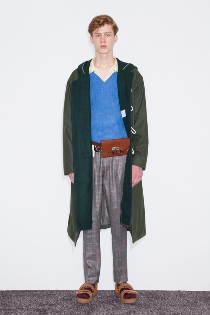 TOGA VIRILIS より50年代のクラシックスタイルを独自の感性で再構築した2018年秋冬ルックブックが到着 〈TOGA〉の真骨頂である新作カウボーイシャツやドッキングコートに加え、カリグラフィーアーティストMOZYSKEYとのコラボアイテムも登場 Theseus Chan テセウス・チャン WERK ヴェルク 雑誌 鈴木親 フォトグラファー 写真家 TOGA トーガ 古田泰子 TOGA VIRILIS トーガ ビリリース Supreme シュプリーム 1950年代 クラシックスタイル カウボーイシャツ MOZYSKEY モザイスキー 宇佐美陽平 Supreme シュプリーム HYPEBEAST ハイプビースト