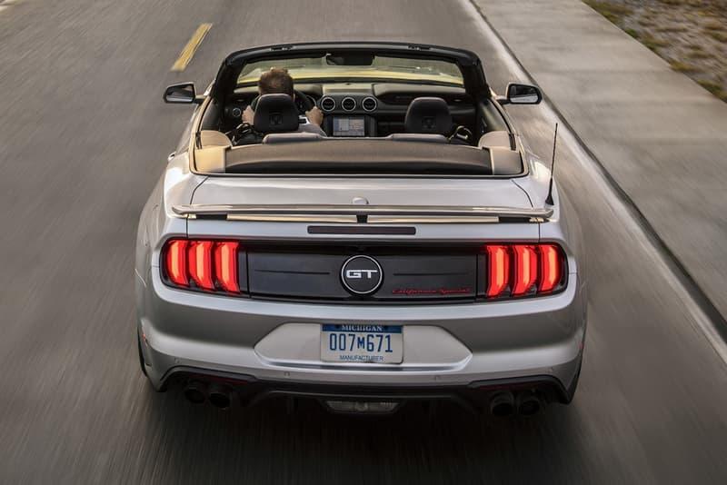 Ford が2019年に向けて Mustang の新型モデル&追加オプションを公開 復刻デザインから「Bang & Olufsen」サウンドシステムまで既存のモデルを大胆にアップグレード 高級車 アメリカ Ford フォード マスタング AutoBlog サイドストライプ エンブレム スポーティ 5スポークホイール Mustang GT California Special エクステリア Velocity Blue Need for Green Bang & Olufsen プレイサウンドシステム HYPEBEAST ハイプビースト