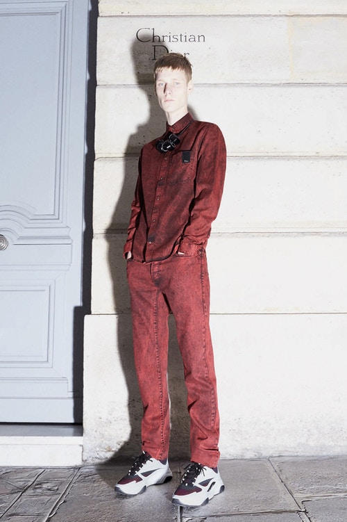 Dior Homme が品格漂うストリートスタイルを提案する2018年プレフォールコレクションを発表 ディオール オム HYPEBEAST ハイプビースト