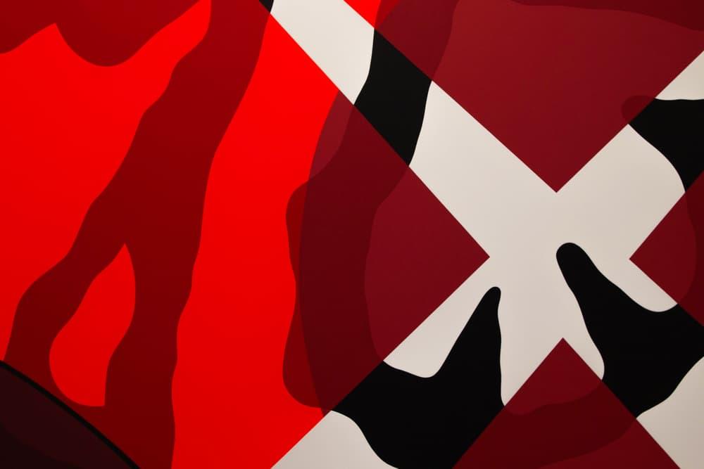 六本木 PERROTIN にて開催中の KAWS によるソロエキシビションの様子をフォトレポート カウズ HYPEBEAST ハイプビースト