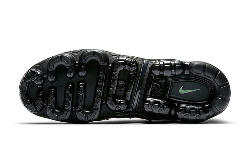 Nike Air VaporMax Plus Neon Colorway Black White Volt Green ネオン ヴェイパーマックス プラス ナイキ HYPEBEAST ハイプビースト スニーカー