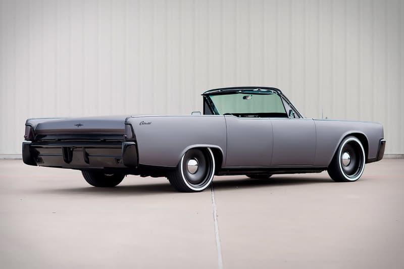 男のロマンそのものと言える Lincoln の1964年製オープン式コンチネンタル セクシーなボディにマットなラッピングと現代的アップデートを施した惚れ惚れする至極の一台をご紹介
