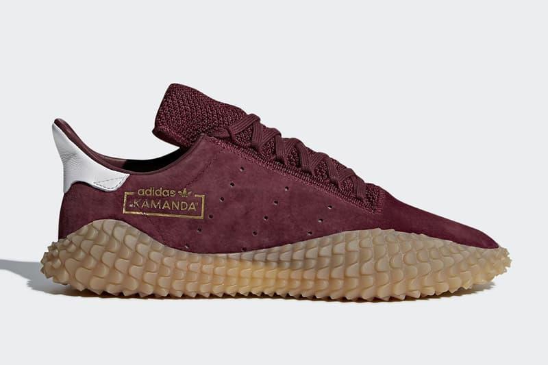 adidas の完全新作スニーカー Kamanda の発売日が判明 昨年末にベールを脱ぎ、続報が待望されて一足が遂に市場へ 昨年末にProphereとほぼタイムラグなくベールを脱いだKamandaは、独特なラバーソールを特徴とする〈adidas(アディダス)〉の完全新作スニーカーとして注目が集まったが、以後音沙汰がなく続報が待望されていた。だが、『Sneaker News』や『END.』など、信頼の置けるアカウントにより、遂に同モデルの発売日が判明。決戦の日は4月28日(現地時間)で、〈adidas〉のオンラインならびに厳選された一部アカウントにはブラックとバーガンディの全2色がデリバリーされるようだ。Campusの代表的なカラーウェイを彷彿させるだけに、購買意欲を駆り立てられる人も少なくないだろう。気になる方はブランドからの正式発表を待ちつつ、カレンダーのマークをお忘れなく。  あわせて、今週末にローンチする〈adidas Originals by Alexander Wang〉のコラボコレクション第3弾もチェックしておこう。