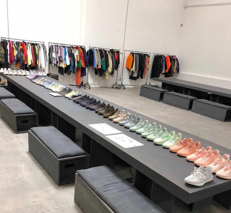 Kanye West が YEEZY の初見フットウェアを多数公開 Wave RunnerにYEEZY 500、350 V2、さらには完全初見モデルのサンダルやバッシュまで