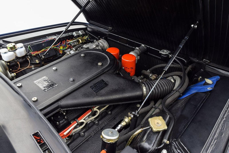 1971年製の Ferrari Daytona がおよそ1億円でオークションに出品中 世界の名車に名を連ねるスーパーカーにミケロッティデザインを踏襲 Ferrari フェラーリ Ferarri Daytona 最高速度280km/h V12エンジン Giovanni Michelotti ジョヴァンニ・ミケロッティ 99万5,000ドル 約1億1,050万円 HYPEBEAST ハイプビースト