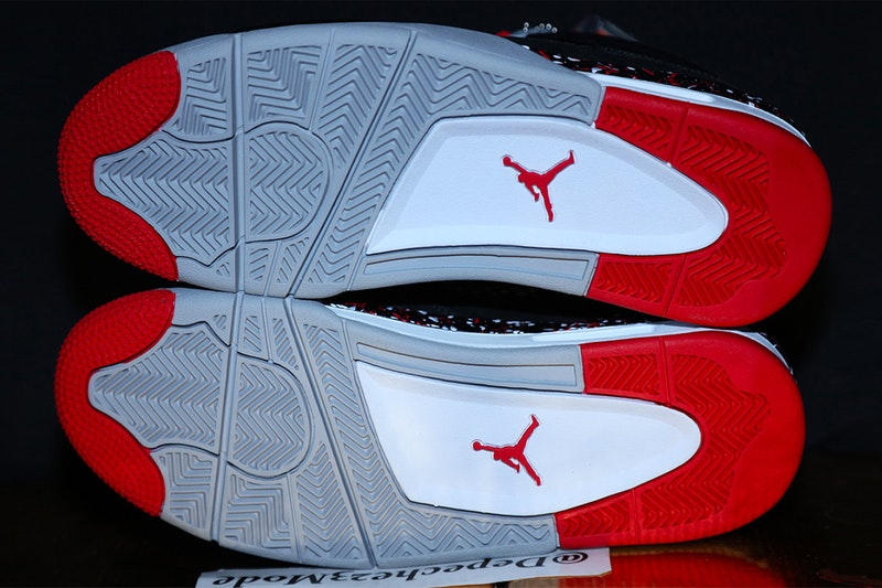 """Drake がデザインした Nike Air Jordan 4 の未発表モデルがリーク DIY精神を宿すペイント加工や〈OVO〉の象徴であるフクロウがセットされたエッジィな1足のモデル名はAJ4""""Splatter"""" トロント・ラプターズ Drake ドレイク Kendrick Perkins ケンドリック・パーキンス NBA Octoby's very Own オクトーバーズ ベリー オウン Jordan Brand ジョーダン ブランド adidas アディダス Air Jordan 4 未発表モデル Instagram HYPEBEAST ハイプビースト"""