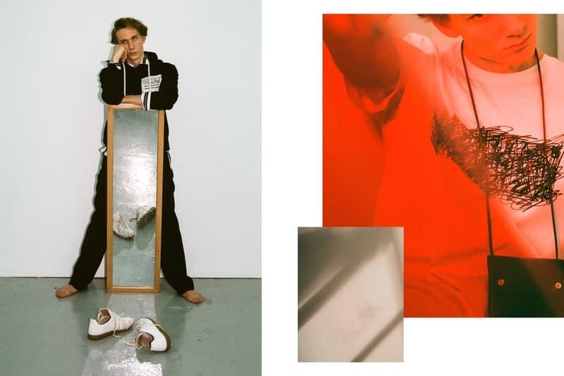"""Maison Margiela 2018年プレフォールコレクションに焦点を当てた HBX の最新エディトリアル """"Replica""""ラインで抜群の人気を誇るジャーマントレーナー群やカレンダータグを用いたアイテムも多数登場 アントワープ王立芸術学院 ベルギー Martin Margiela マルタン・マルジェラ Dries Van Noten ドリス・ヴァン・ノッテン Ann Demeulemeester アン・ドゥムルメステール HBX Maison Margiela メゾン マルジェラ 2018年プレフォールコレクション Replica レプリカ カレンダータグ Jean Paul Gaultier ジャン=ポール・ゴルチエ HYPEBEAST ハイプビースト"""