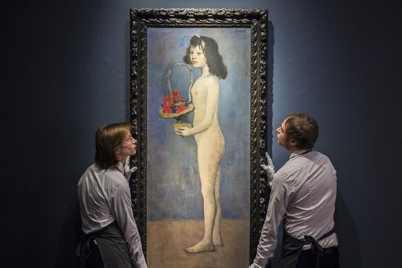 """パブロ・ピカソが描いた絵画 """"花かごを持つ少女"""" が約125億円で落札される アメリカの大富豪が出品したおよそ1,600点の落札総額は…… Jean-Michel Basquiat ジャン=ミシェル・バスキア Andy Warhol アンディ・ウォーホル Pablo Picasso パブロ・ピカソ オークションハウス Christie's クリスティーズ Rockefeller ロックフェラー Young Girl with a Flower Basket 花かごを持つ少女 1億1,500万ドル 約125億円 6億4,600万ドル 約550億円 HYPEBEAST ハイプビースト"""