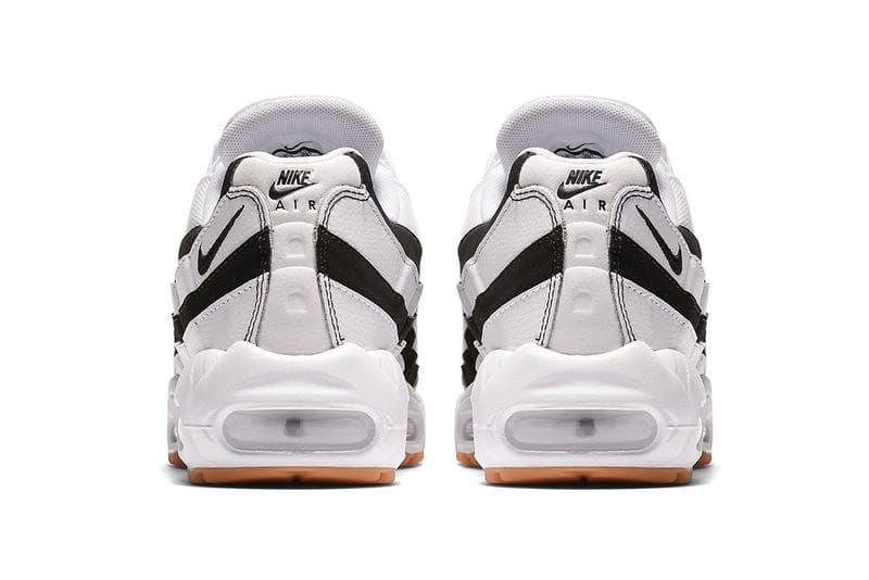 """Nike がイタリアの名門サッカークラブに敬意を表して Air Max 95 """"Juventus"""" を復刻 2003年モデルにマイナーチェンジを施したビアンコネーロを纏うAM95 日本のスニーカーブームの火付け役として今なお圧倒的な人気を誇る〈Nike(ナイキ)〉のAir Max 95より、2003年に登場した""""Juventus""""が復活する。本作はホワイト/ブラック、つまりビアンコネーロを纏ったイタリアの名門クラブを彷彿させる配色デザインが最大の特徴。ただし、OGモデルとは若干異なり、かかと部分のスウッシュをゴールドからブラックに、そしてアウトソールもガムソールへと変更されるなど、ディテールにマイナーチェンジが施されている。  気になる人も多いであろうAM95 """"Juventus""""の新モデルだが、肝心の発売日と取扱店舗は現状不明。ヘッズ諸君は、引き続き『SNKRS』ならびにキーアカウントからのアナウンスを小まめにチェックしていこう。  ちなみに、〈Nike〉とPlayStationのコラボAir Force 1のビジュアルはもうチェック済み?"""