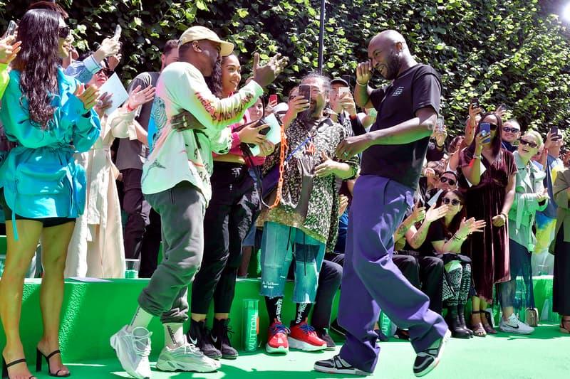 Louis Vuitton 2019年春夏コレクションで見せたヴァージル・アブローと Kanye West の熱い抱擁をチェック 深い絆で結ばれた2人の空間には、親友の村上隆やキム・カーダシアンも踏み入れられなかった模様 Blondey McCoy ブロンディ・マッコイ Kid Cudi キッド・カディ Playboi Carti プレイボーイ・カルティ A$AP Nast エイサップ・ナスト Palais-Royal Louis Vuitton ルイ・ヴィトン 2019年春夏コレクション Virgil Abloh ヴァージル・アブロー Off-White™️ オフホワイト Kanye West カニエ・ウェスト 村上隆 Kim Kardashian キム・カーダシアン Travis Scott トラヴィス・スコット Kylie Jenner カイリー・ジェンナー HYPEBEAST ハイプビースト