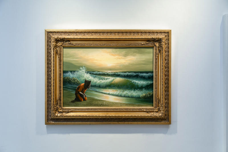 """Banksy作品を集めたエキシビション""""Greatest Hits""""内部の様子をお届け"""