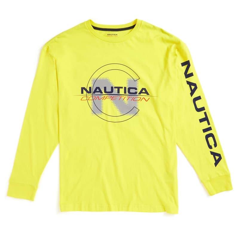 Nautica と Lil Yachty による最後のカプセルコレクションが発売開始 両者のセーリングへ対する愛情を具現化したオールドスクールなアイテムがラインアップ 遡ること2016年11月、90'sを愛する者たちから絶大な人気を誇る〈Nautica(ノーティカ)〉は新世代アーティストの代表格であるLil Yachty(リル・ヨッティ)とパートナーシップを締結した。それ以降、アトランタ出身のラッパーはブランドのクリエイティブディレクターとしてブランドに貢献してきたが、親会社はブランドのポテンシャルを引き出しきれず、今年2月には『Business of Fashion』で経営難が発表されていた。  しかし、今のシーンに〈Nautica〉を提案する上で、セーリングカルチャーを愛するLil Yachtyの起用は最適だったはずだ。それは2017年にLil Yachty本人が「Nauticaは俺の一部のようなものなんだ」と語っていたことが証明しているおり、この際に彼は「Nauticaは子供たち、船乗り、成人男性、かっこいい人たちのためにある。昔のデザインも、今のデザインも、俺はマジで最高だと思っている。Nauticaのようなブランドはお世辞にも多いとは言えないね」ともコメントしている。  悲しいことに、そんな〈Nautica〉とLil Yachtyの蜜月関係も本稿で紹介するカプセルコレクションで終わりを迎える。是非、上のフォトギャラリーからルックブック&アイテム一覧をチェックして、〈Nautica〉のオンラインストアから購入を検討してみてはいかがだろうか。  〈A BATHING APE®(ア・ベイシング・エイプ)〉とThe Weeknd(ザ・ウィークエンド)主宰の〈XO〉のコラボレーションや、ストリートを卒業した大人たちに贈る〈uniform experiment(ユニフォーム エクスペリメント)〉の2018年秋冬コレクションなど、その他の最新ファッションニュースもあわせてご確認を。