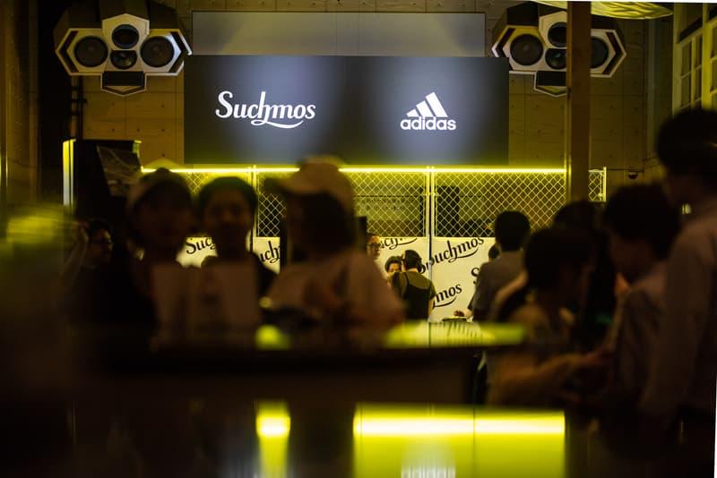"""国内ストリートブランドが極秘参加した TANGO LEAGUE 日本代表・千坂奎のユニフォームデザインが解禁 「adidas Japan」が千坂奎に贈る""""クリエイターズ コレクティブ""""の一環では、KOHHやIOのアルバムカバーを手がける上岡拓也もアートワークを制作 先日『HYPEBEAST JAPAN』のInstagramストーリーでもその模様をレポートした『TANGO LEAGUE TOKYO FINAL』は、千坂奎がロシア行きの切符を勝ち取った。圧倒的な個の存在感と世界で戦うための状況判断力を持つ25歳の若武者はこれから「FIFAワールドカップ2018」の開催地であるロシアへと旅立ち、ストリートフットボール世界大会「TANGO LEAGUE FINAL」で各国の猛者たちと対峙することになる。  「adidas Japan(アディダス ジャパン)」はその千坂選手への最大限の賛辞を込めて、彼をロシアへと送り出すプロジェクト""""クリエイターズ コレクティブ""""を実施した。6月19日(火)にDavid Beckham(デビッド・ベッカム)からサプライズでスパイクを受け取ったことに端を発する本企画は、去る7月2日(月)に『新木場Studio Coast』で開催された「F.C.L.S. Presents Suchmos the Experience Supported by adidas」で集大成を迎え、渋谷駅ハチ公前に突如として姿を現したKOHHやIOのアルバムカバーを手がける上岡拓也のアートワークも完成品がお披露目。また、このプロジェクトには上岡氏と親交が深い国内ブランドのデザイナーも極秘参加しており、ロシアで戦うためのフットボールジャージーを特別に制作。千坂選手自身にインスパイアされたというデザインは、黒を基調にビブスを彷彿させる蛍光イエローのメッシュ素材があしらわれており、中央には""""STARTED FROM THE BOTTOM""""のメッセージが記されている。  ただ一人で日の丸を背負うストリートフットボーラー、千坂奎の背中を強く押す「F.C.L.S. Presents Suchmos the Experience Supported by adidas」の様子は、上のフォトギャラリーからご確認を。"""
