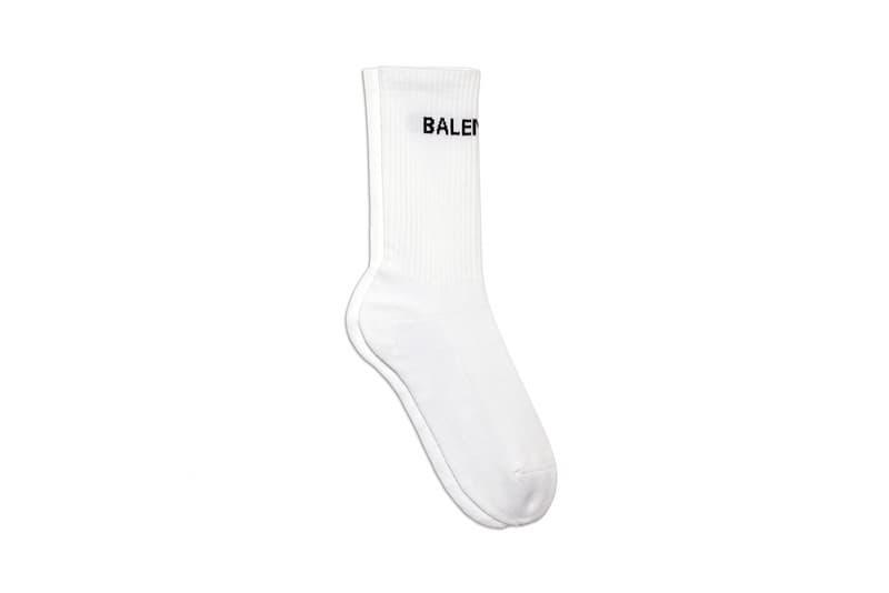 Balenciaga が Triple S の後続モデル Track の発売を祝してカプセルコレクションを発表 バレンシアガ ダッドスニーカー HYPEBEAST ハイプビースト
