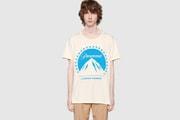 Gucci が伝統の映画会社 Paramount のロゴをプリントした S/S Tシャツをリリース