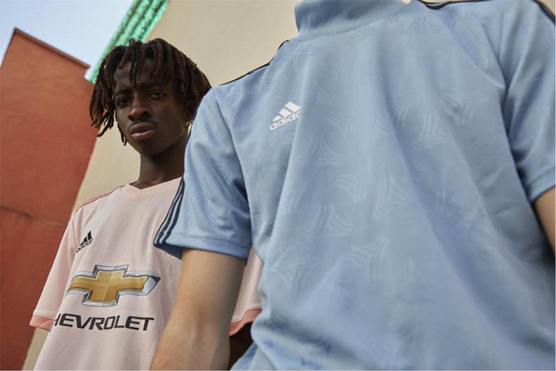 adidas football spectral mode COPA PREDATOR X NEMEZIZ Juventus Real Madrid Manchester United Bayern Munchen UEFA Campions League 2nd 3rd jersey shoes wear sports soccer HYPEBEAST white green pink