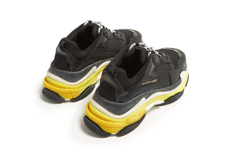 バレンシアガ トリプルエス スニーカー 新色 ブラック イエロー Balenciaga Triple S Low Top Trainers trainer First Look yellow mesh leather black white off