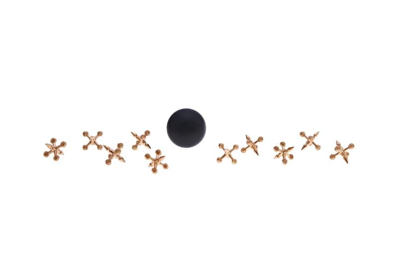 クロムハーツ シルバー ゴールド アクセサリー ホリデーコレクション Chrome Hearts holiday 2018 walker vespa necklace hat bucket leather silver cross towel blanket rug stool tumbler cup mug hose bear dinosaur push pin dice shearling sex records collection gift christmas basketball hoop handcuffs