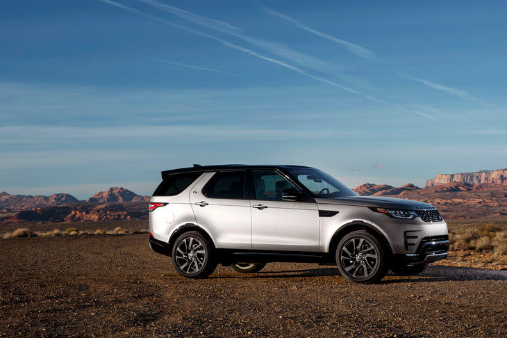 land rover が7人乗りsuv discovery の2019年モデルを発表 hypebeast jp