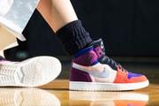 スタイリストのアレイリ・メイと WNBA 選手のマヤ・ムーアが Air Jordan のコラボモデルをリリース