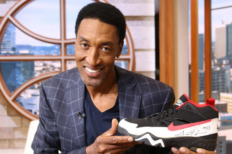スコッティ・ピッペン Scottie Pippen 元 NBA ブルズ Bulls サイン入り ナイキ Nike シューズ5足がチャリティオークションに登場