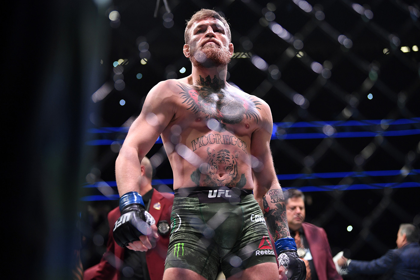 CONOR MCGREGOR, TENSHIN NASUKAWA, DERRICK ROSE, NBA, COMME DES GARCONS, COMME DES GARCONS HOMME PLUS, NIKE AIR PRESTO FOOT TENT, THE NORTH FACE, HYKE, LOOKBOOKS, THE NORTH FACE X HYKE, BANKSY, PAINTINGS, ARTWORKS,