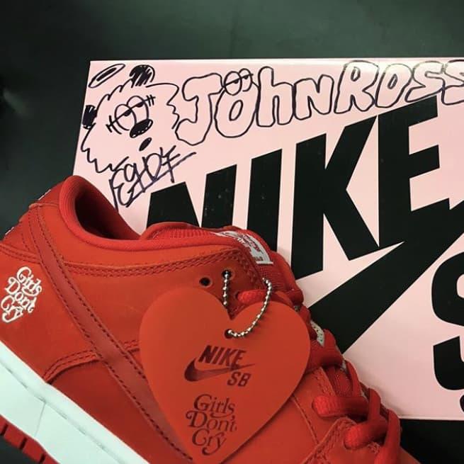 ナイキ ダンク ガールズドントクライ VERDY Girls Don't Cry Nike SB Dunk Low スニーカー コラボ 発売日 SNKRS