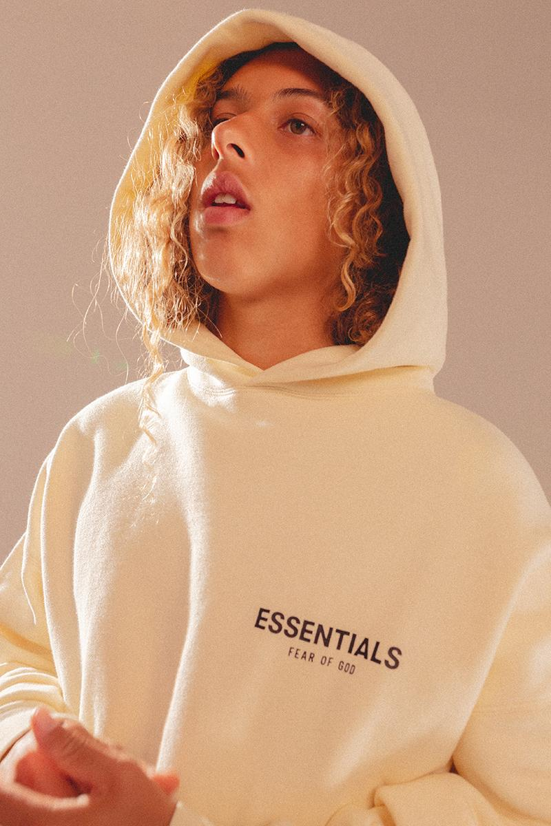 フィアオブゴッド エッセンシャルズ Fear of God ESSENTIALS が最新ルックブック & リストック情報を解禁 Fear of God Essentials Spring Summer 2019 SS19 Collection Drop Date Release Information oversized t-shirt long-sleeve crewneck sweatshirt hoodie sweatshort sweatpant limited run clothing Jerry Lorenzo