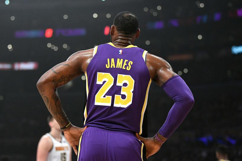 NBA 2018-19年シーズンの選手ジャージ売上ランキング Lebron james Stephen Curry JOEL EMBIID Giannis Antetokounmpo Kyrie Irving Dwayne Wade Luka Doncic