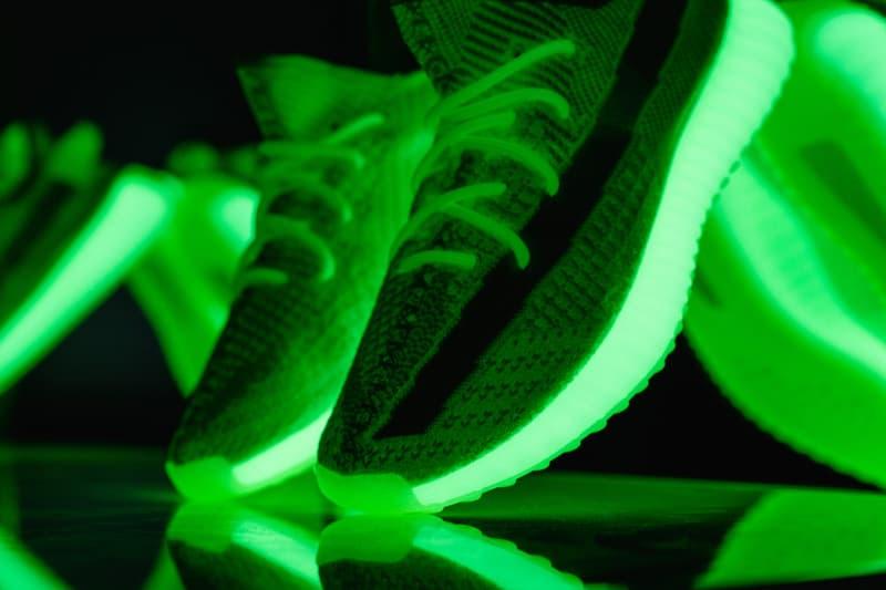 YEEZY BOOST 350 V2 Glow-In-The-Dark イージーブースト 350 蓄光 発売日 リリース 取扱 オンライン 抽選