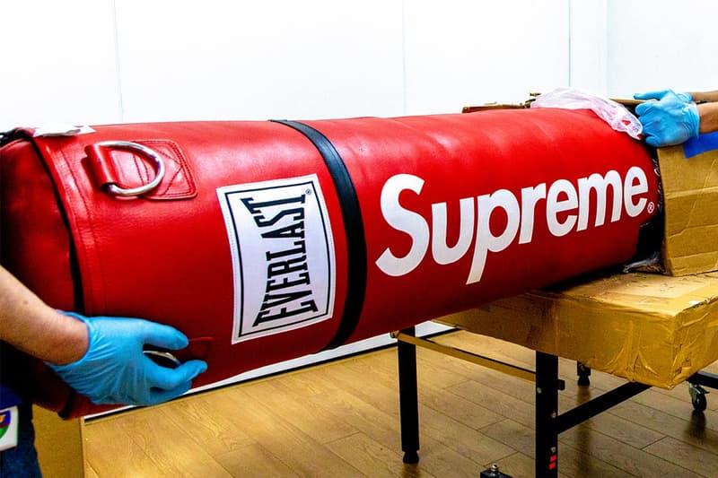 シュプリーム Supreme アーカイブ オークション ピンボール ミニバイク サンドバッグ グローブ サザビーズ Sotheby's  Yukio Takahashi