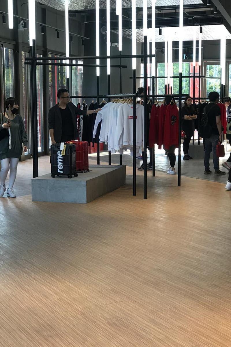 懲りないパクりブランド Supreme Italia が上海に2店舗目をオープン Shanghai Supreme Italia Store Look Fake Counterfeit