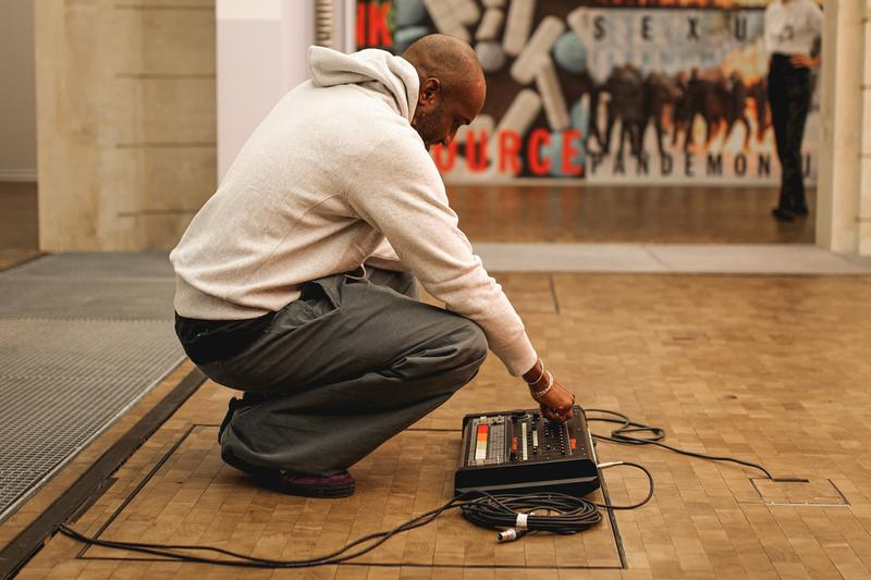 ヴァージル・アブロー virgil abloh installation lafayette anticipations artworks kaleidoscope manifesto