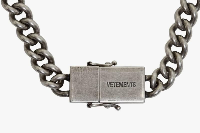 ヴェトモン Vetements Silver USB-C Necklace Release Info SSENSE Demna Gvasalia tongue in cheek fashion accessories jewelry made in italy