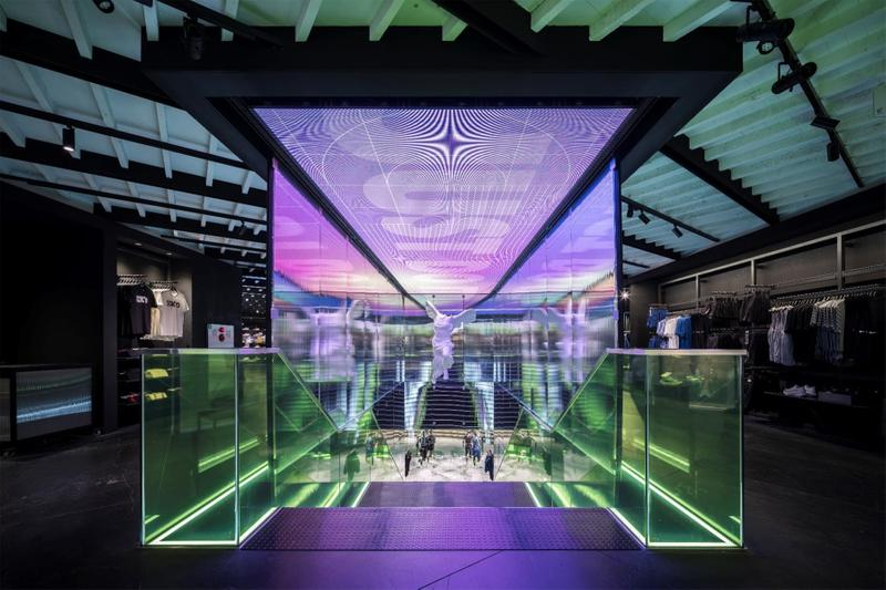 Nike Harajuku ナイキ 原宿 アプリ 密接 連動 次世代型 店舗 リニューアル オープン