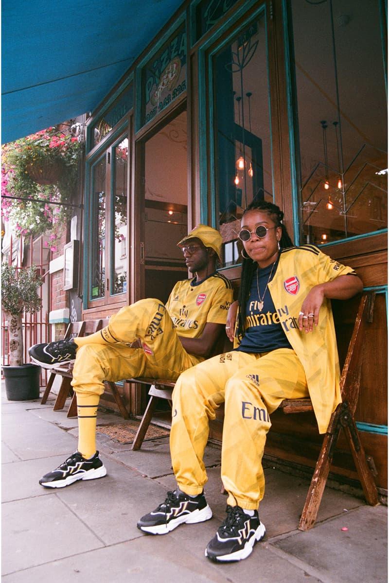 アーセナルFC × アート オブ フットボール x アディダス arsenal adidas bruised banana away jersey shirt kit 1990s 90s ian wright notting hill carnival yellow soccer football first look art of football