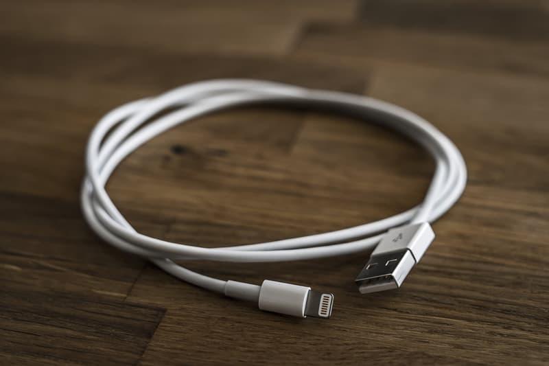 アイフォン ハッキング Malicious iPhone Cable Remotely Hijack Macs Sale iPhone Macbook Hack Hackers Def Con Lightning Cable MG O.MG