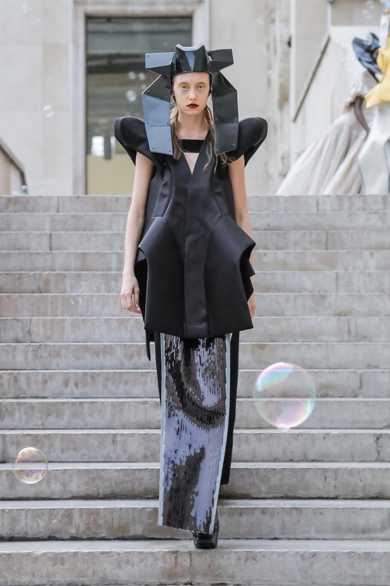 リック・オウエンス Rick Owens 2020年春夏ウィメンズコレクション パリコレ パリファッションウィーク