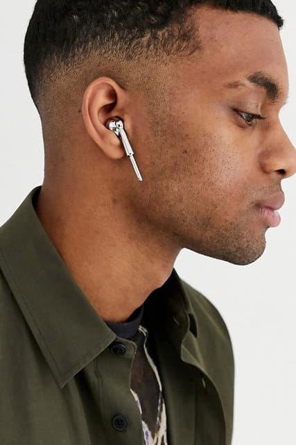 エアポッズ ASOS Selling Fake Silver AirPods as Accessories apple tech techwear jewelry accessories apple music bling