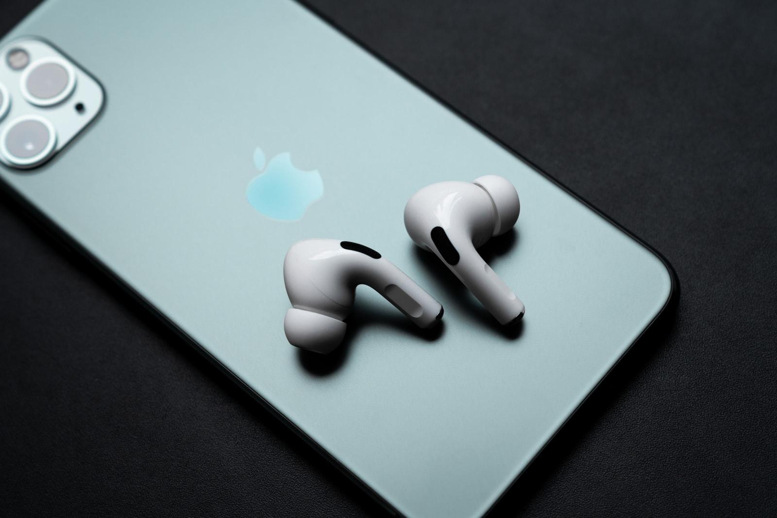 アップル エアポッズ プロ Apple AirPods Pro  付けた瞬間から圧倒的な没入感を実現する 先行レビュー