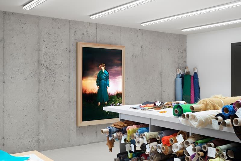 アクネ ストゥディオズ acne studios floragatan 13 headquarters building office stockholm sweden former czechoslovakian embassy jonny johansson creative director interior designer max lamb artist daniel silver abstract collages benoit lalloz light fixtures