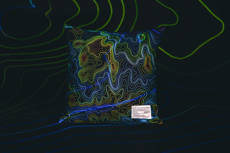 ハイプビースト x メディコムトイのカプセルコレクションが登場 ベアブリック First Look at Hypebeast Medicom Toy's BEARBRICK Capsule Collection SQUARE CUSHION SLIPPERS FLAT 2WAY POUCH